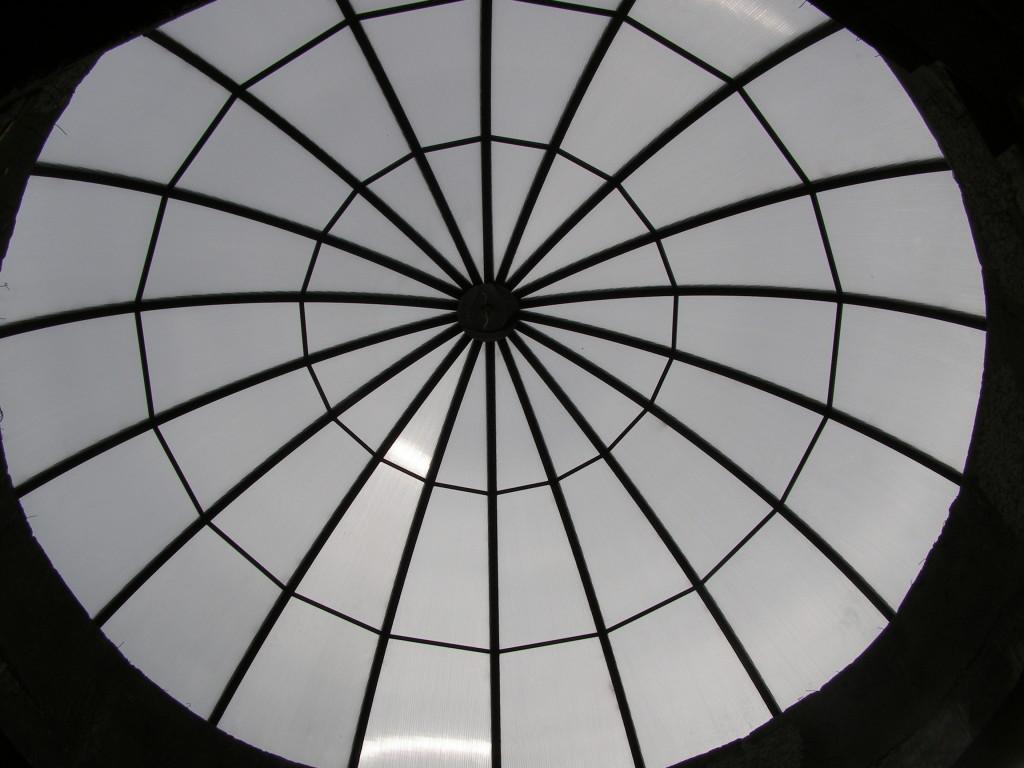 """Купольный навес """"крыша"""" из сотового поликарбоната"""